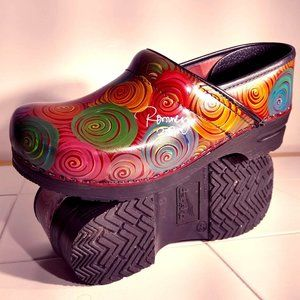 Dansko Hand Painted and Signed by artist size 42